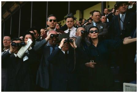 Spectators at the Longchamp racecourse (Alla in sunglasses), photo by Robert Capa, Paris, 1952