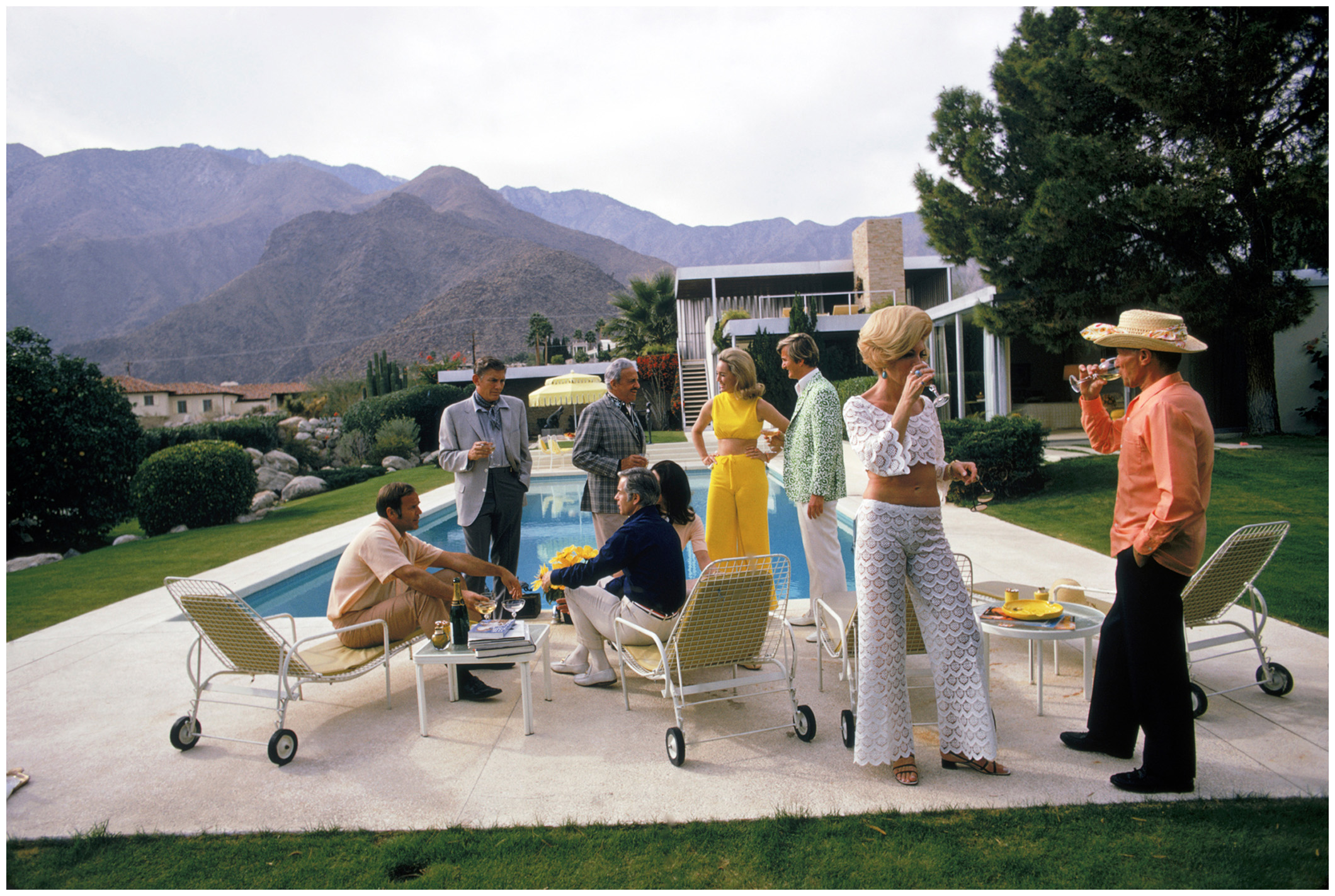 Richard neutra pleasurephoto for Pool design 1970