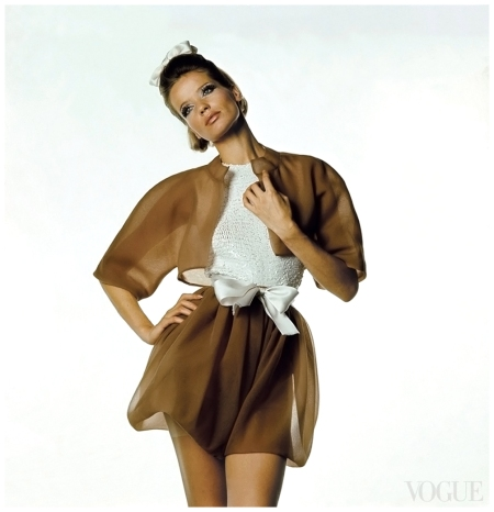 Veruschka in Cristóbal Balenciaga's coffee-hued organza bolero and bloomers rving Penn, Vogue, 1967