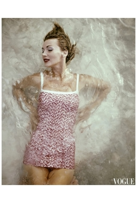 Leombruno-Bodi's photograph appeared in the December 1, 1955, Vogue