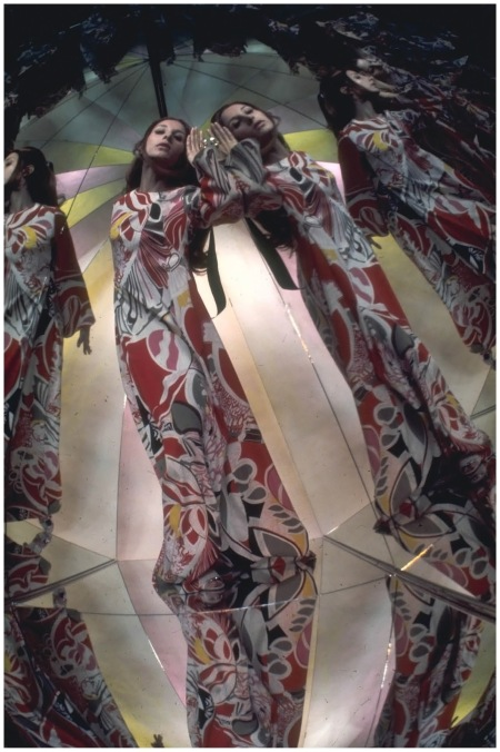 Marta Montt Photo Raymundo de Larrain, Vogue, March 1969