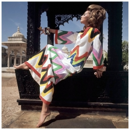 Model Samantha Jones, wearing a colorful, zigzag-print, caftan by Livio de Simone. Circa June 1967 India Photo Henry Clarke
