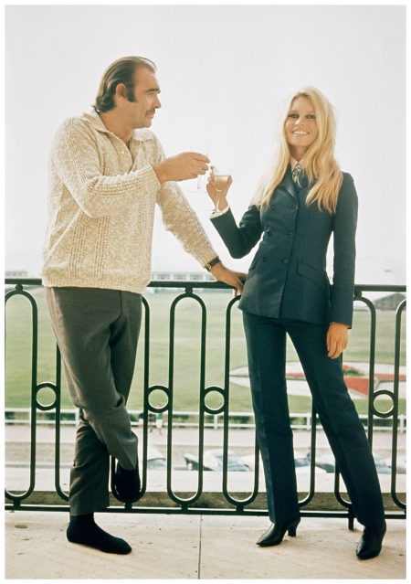 Brigitte Bardot and British actor Sean Connery pose for publicity shot during their first meeting in France before filming Shalako. (Photo by Terry O'Neill:Getty Images)