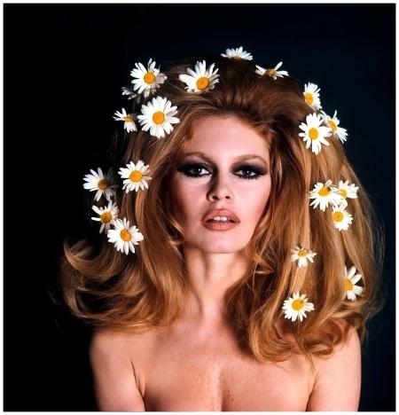 Brigitte Bardot - les marguerites 1975 Photo Ghislain Dussart b