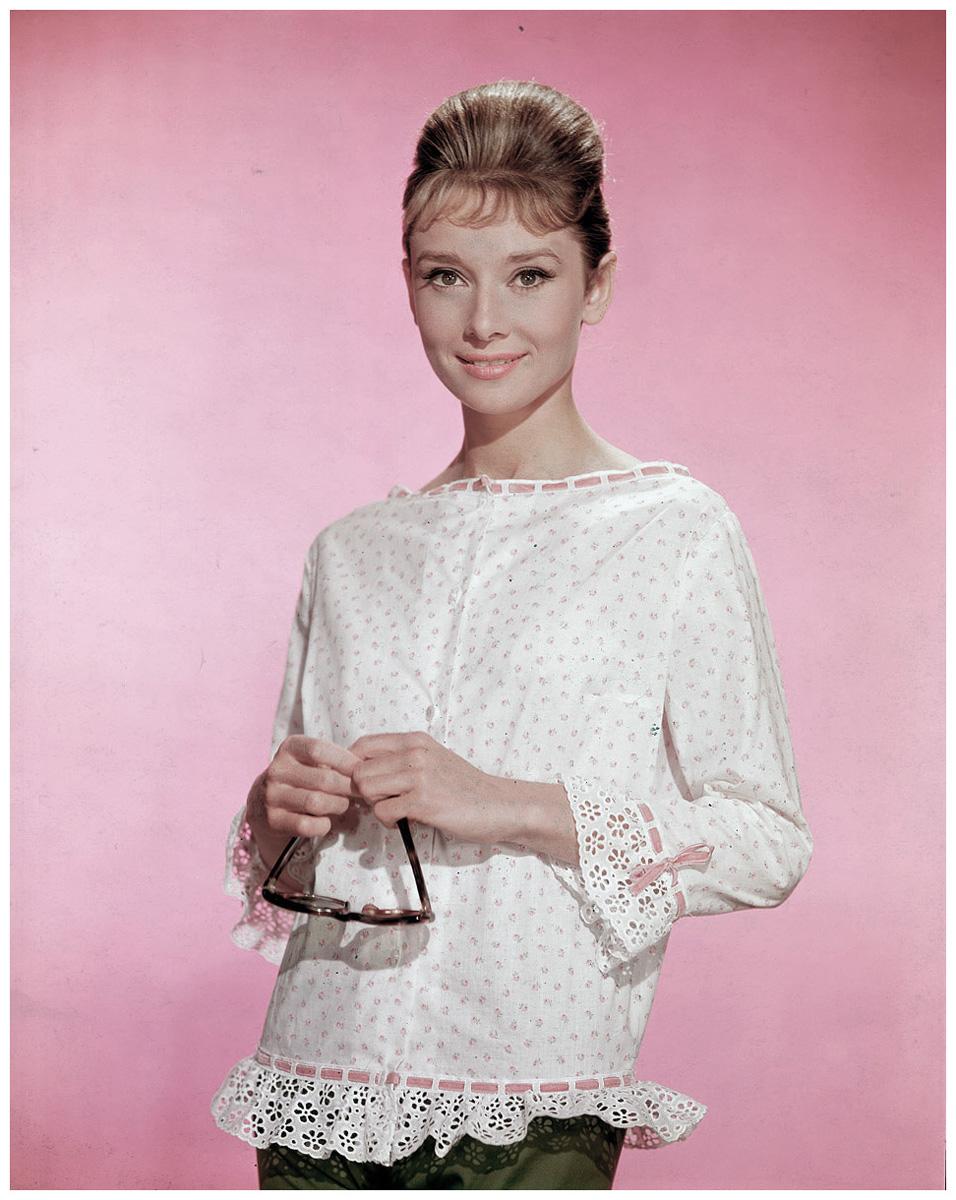 Audrey Hepburn 1960 Pleasurephoto