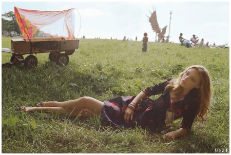 Gemma Ward %22Glastonbury%22 Oct 2005 Photo Corinne Day