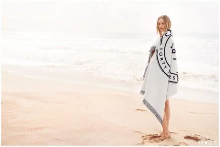 Gemma Ward Return Vogue - Oct 2014 b Seal Rocks in Australia Photo Beau Grealy