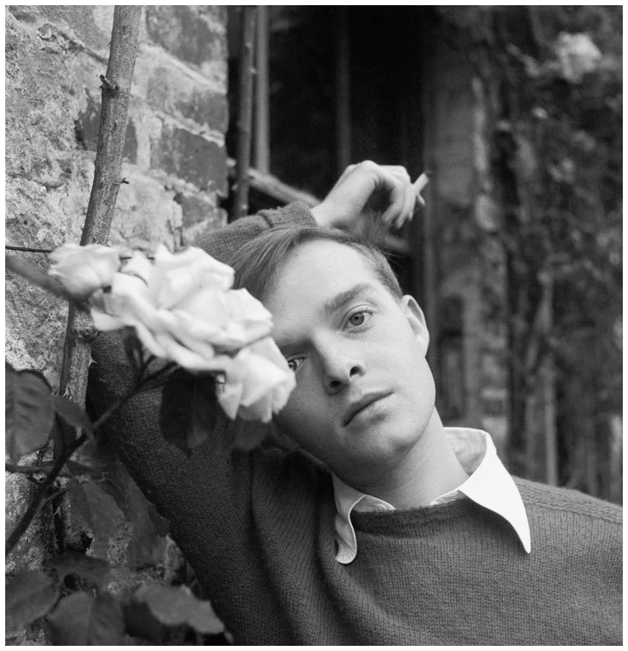 the photographic memory of truman capote Truman capote wrote two semi-autobiographical stories set in alabama: a christmas memory (1956) and the thanksgiving visitor (1967).