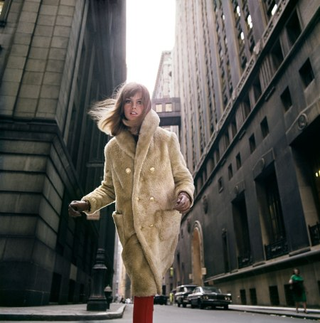 Jean Shrimpton, Wall Street, Borgana, 1964. For Douglas Simon.