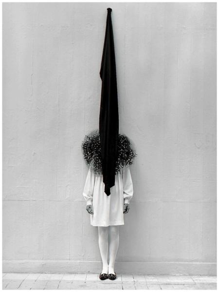 Leslie Weiner, Yohji Yamamoto, London, 1989 Photo Albert Watson