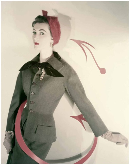 Dovima 1953 Vogue Cover Photo Horst P.Horst