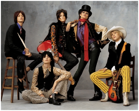 Jacquetta Wheeler, Erin O'Connor, Eleonora Bose, Bridget Hall, and An Oost rocked out as the Rolling Stones Vogue Nov 2001 Vogue US (Nov. 2001) - Rock the House Photo Steven Meisel