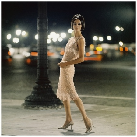 Kouka Denis Robe Ciel de feu, collection Haute Couture, automne-hiver 1961, ligne Charme 62 Photo Mark Shaw