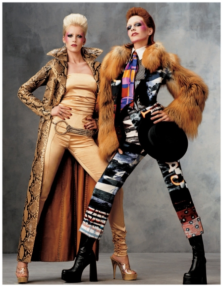 Models Hannelore Knuts and Diana Mezaros channeled British musical icons David and Angela Bowie 2001 Vogue US (Nov. 2001) - Rock the House Photo Steven Meisel