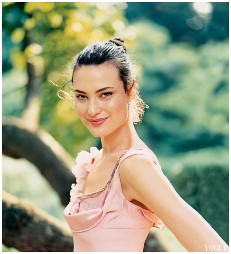 Shalom Harlow Arthur Elgort, Vogue, October 2004
