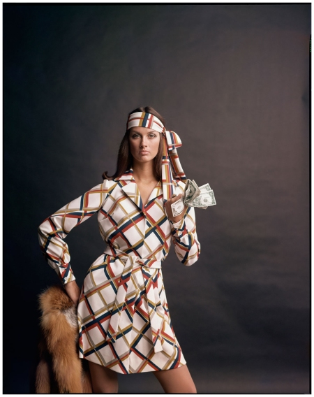 Veronica Hamel, c. 1968. Foto dal libro %22Mid-Century Fashion and Advertising Photography%22 by William Helburn