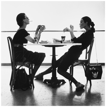 Women In Wartime Dorian Leigh and Evelyn Tripp, New York, 1950 Photo Irving Penn