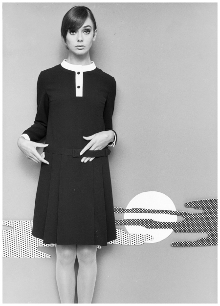 Ina Balke in a mini dress. Hamburg in 1967. Photo F.C.Gundlach
