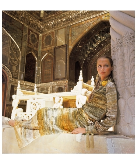 Lauren Hutton British Vogue, 1969 -Dec 1969 Photo Henry Clarke