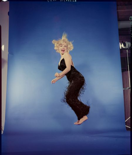 "Marilyn Monroe, ""Jumpology"", 1959 Photo Philippe Halsman"