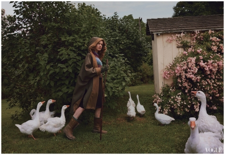 Natalia Vodianova Vogue, October 2014 Photo Annie Leibovitz