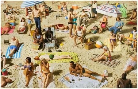 Photo Alex Prager, Crowd #3 (Pelican Beach), 2013
