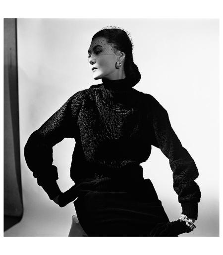 Schiaparelli design, 1949 Photo Genevieve Naylor:Corbis