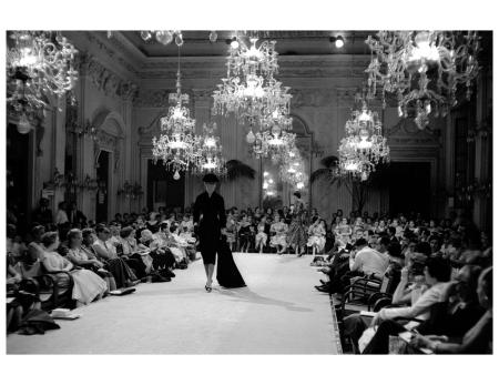 Designs Giovanni Battista Giorgini, italian fashion pioner Sala Bianca