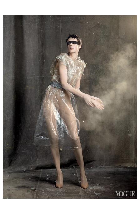 Edie Campbell per Vogue Usa, maggio 2013 Photo Steven Meisel