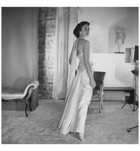 Jacqueline, Comtesse de Ribes Her sculpted profile and her successful foray into fashion design Horst P. Horst, Vogue, August 1, 1953