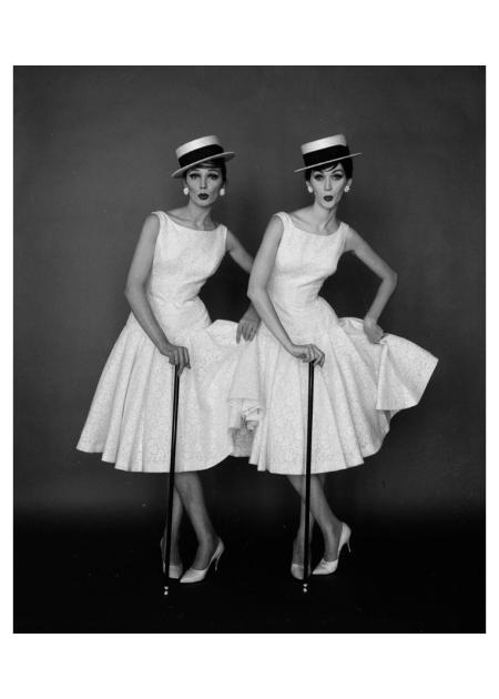 Betsy Pickering and Dovima, 1958 Photo William Helburn