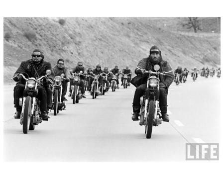 Life Hells Angels_Photo Bill Ray - 1965 group b