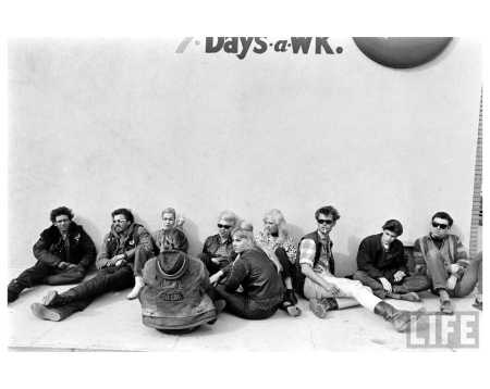 Life Hells Angels_Photo Bill Ray - 1965 group seat