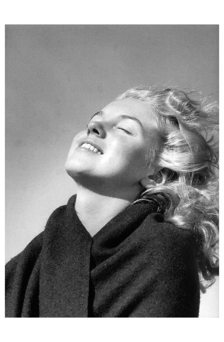 Marylin Monroe %22Joy%22Photo André De Dienes 1946 a