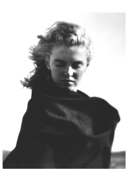 "Marylin Monroe Photo André De Dienes 1946 ""Sadness "" The End of Everithing b"