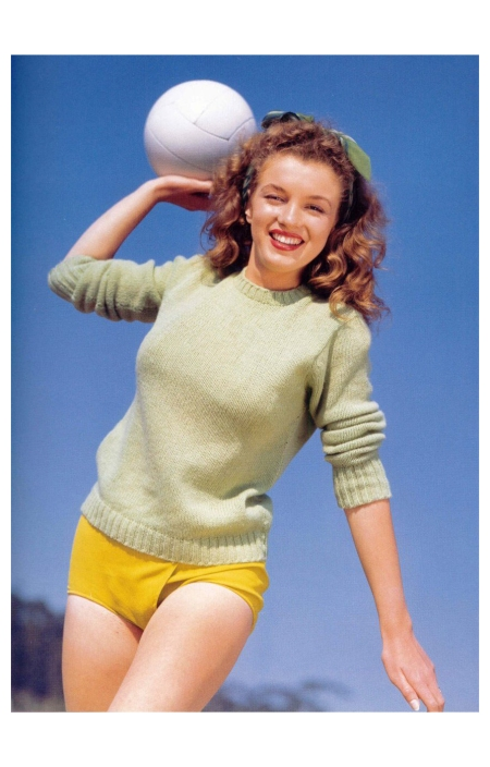 Norma Jeane Paradise Cove Andre de Dienes_Oct-1945_06