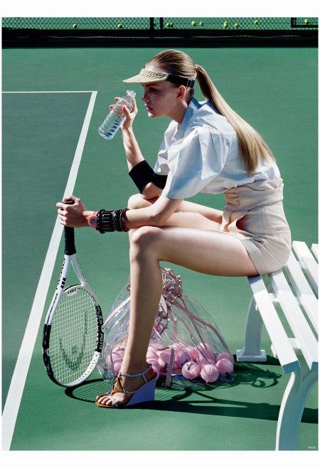 Caroline Trentini Photo Miles Aldridge, Vogue, June 2006