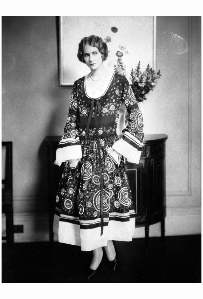 Helen Lyons in jeanne-lanvin Edward Steichen, Vogue, May 1, 1924