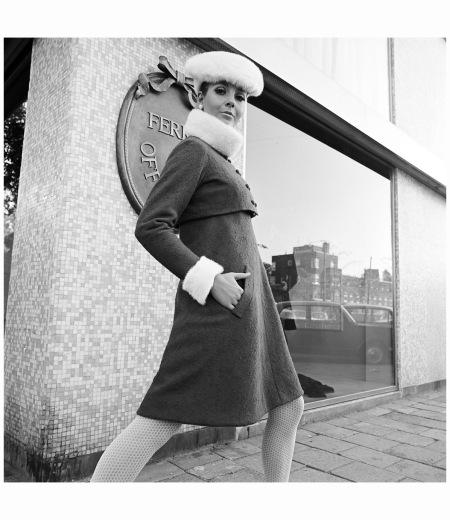1966, Evelijn de Ruiter, Couture Ferry Offerman Photo Hans Dukkers