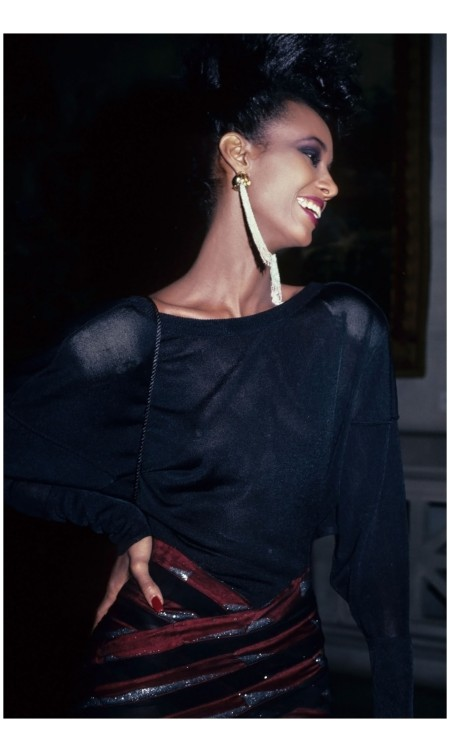 Iman attends the Metropolitan Museum of Art Gala, 1981 Rose Hartman : Getty Images