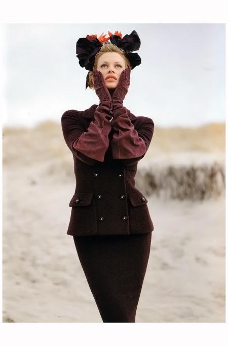 Kristen McMenamy Chanel Campaign 1996 Photo Karl Lagerfeld b6