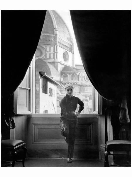 Model in Emilio Pucci autumn:winter 1954, Palazzo Pucci