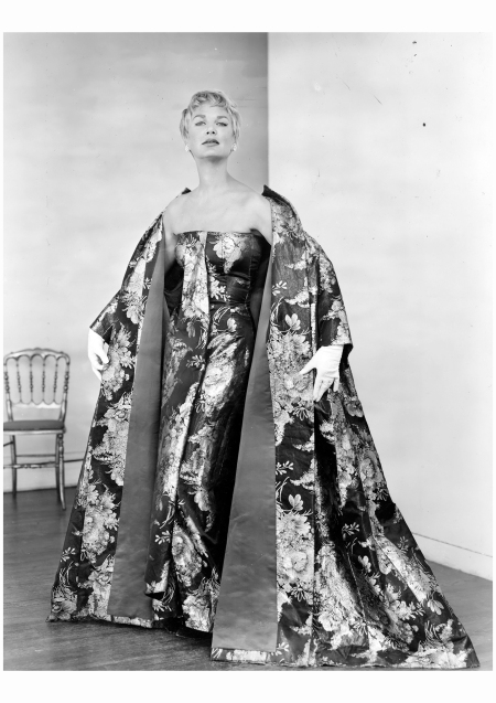 Scaasi won the 1958 Coty American Fashion Critics award
