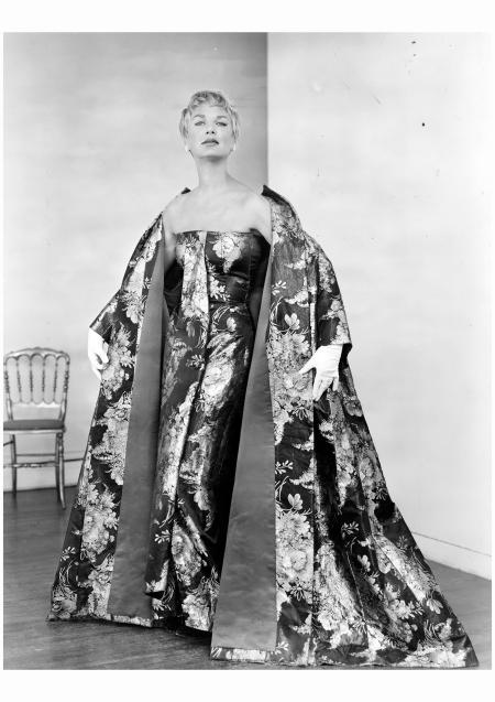 Scaasi won the 1958 Coty American Fashion Critics award