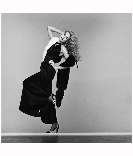 American model and actress Jerry Hall, photographed in the Studio 7th November 1980. For the book 'Lichfield - The Most Beautiful Women' b Photo Patrick Lichfield