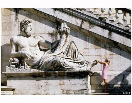 """Roman Holiday"" Claudia Schiffer 1994 Photo Arthur Elgort"