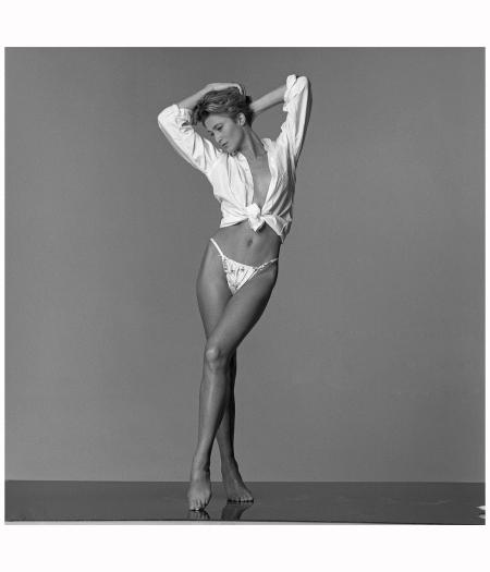 English model Paula Hamilton, 23rd January 1990 Photo Patrick Lichfield
