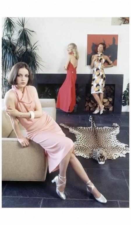 Instant Dress, N.Y.1972 Photo Arthur Schatz a