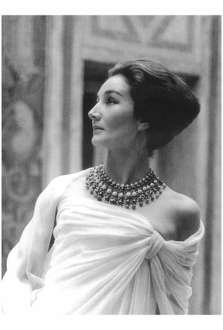 Jacqueline de Ribes in Christian Dior, 1959 Photo Roloff Beny
