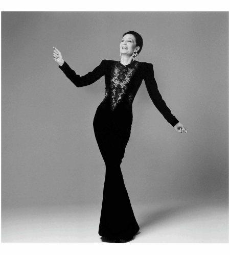 Jacqueline de Ribes in her own design, 1986 Photo Francesco Scavullo